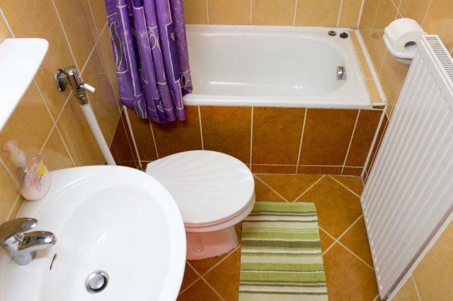 В ванных комнатах